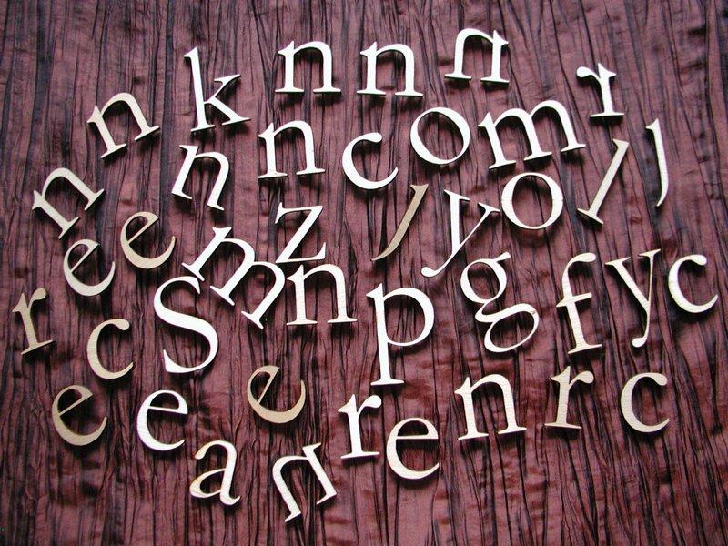 http://www.grawernia.pl/index.php?p153,cyfry-i-litery-wycinane-laserem-sklejka-3mm