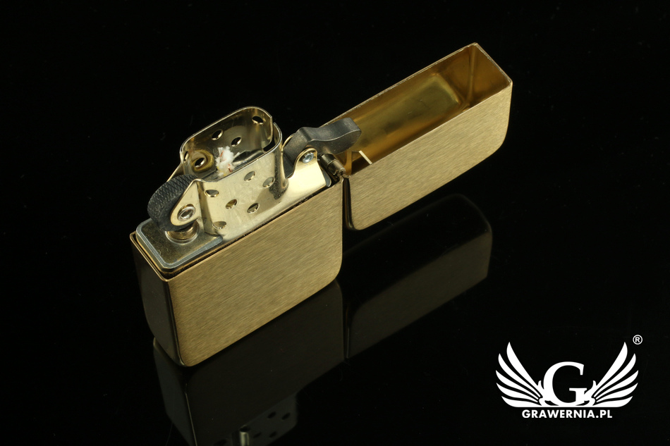 Zapalniczka ZIPPO 1941 Replica Brush Brass Vintaged